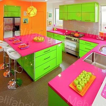 яркий фасад для кухни