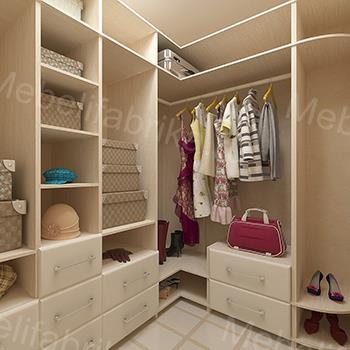 просторная мебель для гардероба