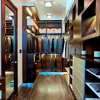 яркая мебель для гардероба