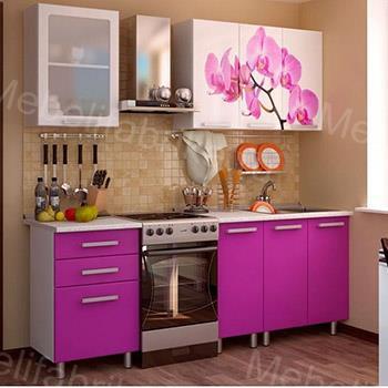 нежно-фиолетовая кухня с фотопечатью