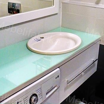 нежная влагостойкая мебель для ванной комнаты